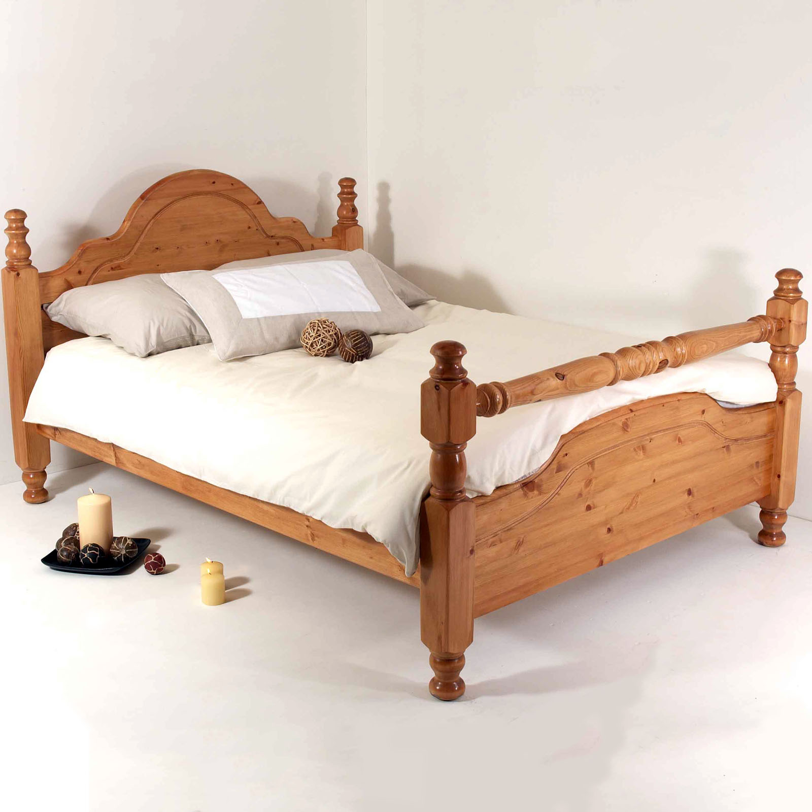 Classic Rail Solid Pine Bed