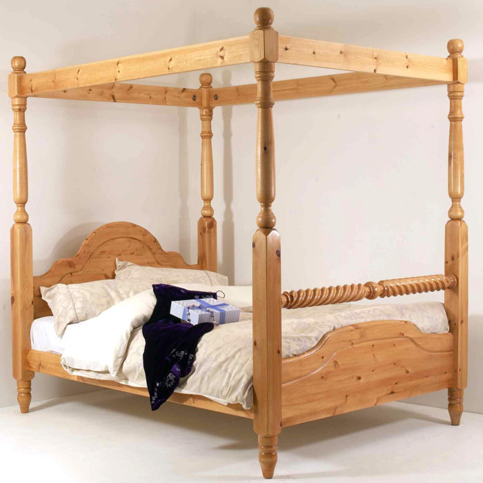 Realwoods Four Poster Bed