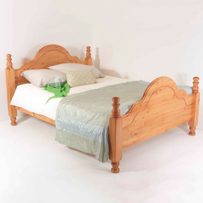 Realwoods Classic Bed