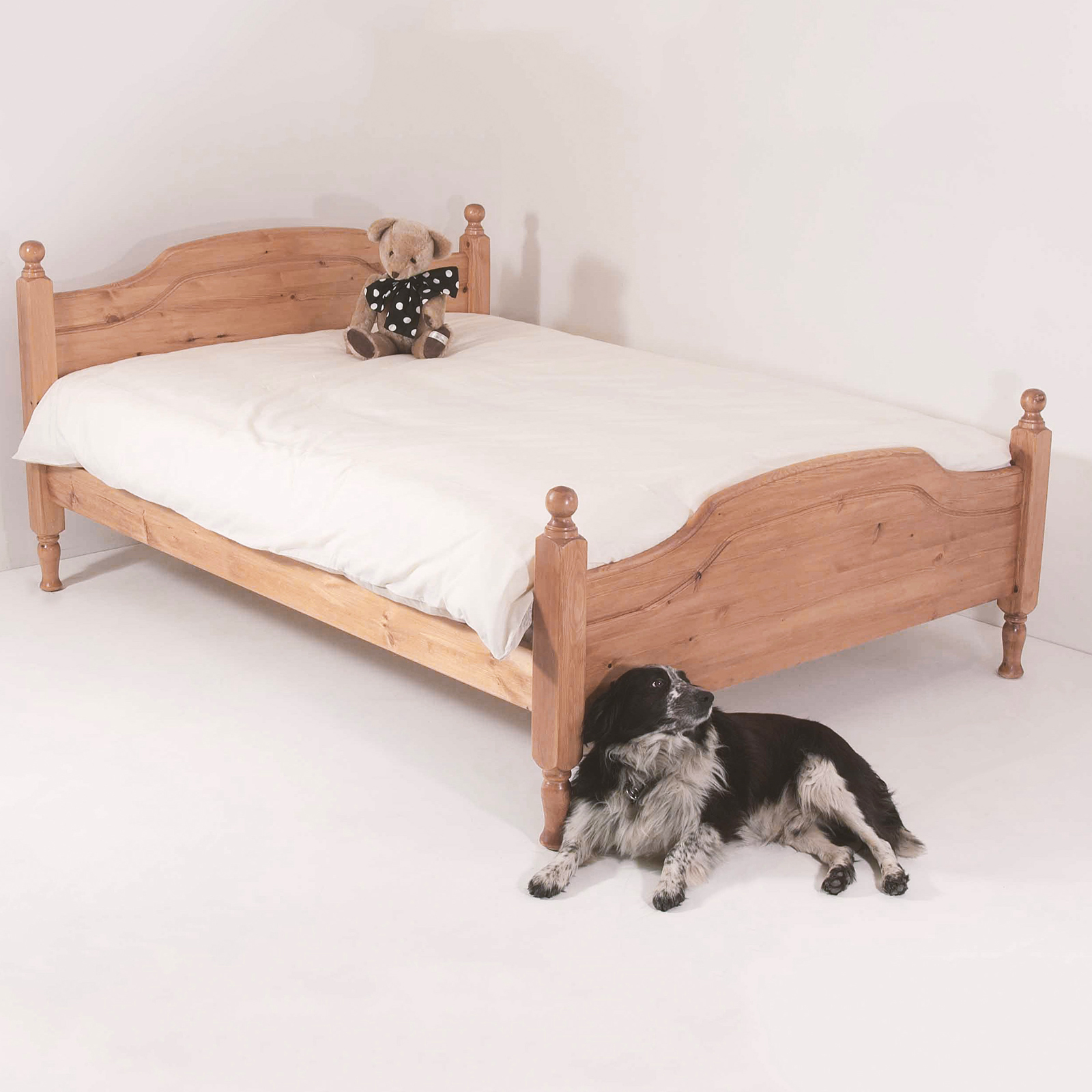 Realwoods Hilton Bed